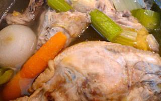 Польза куриного бульона при простуде