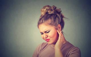 Боль в ухе при нажатии на козелок