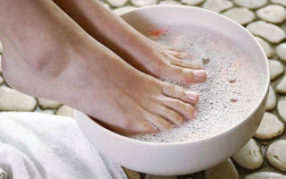 Можно ли парить ноги при гайморите