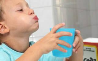 Как разводить соду для полоскания горла ребенку