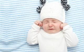 Ребенку 5 месяцев болит горло чем лечить