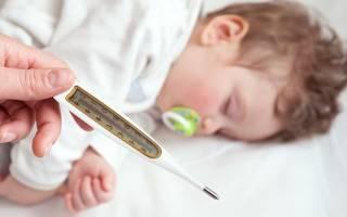 Высокая температура у ребенка после прививки